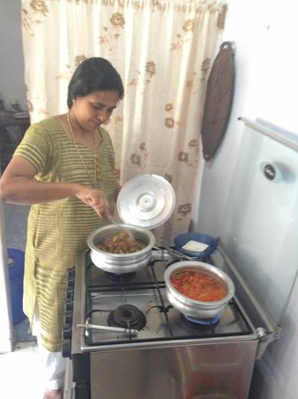 Maria's South Indian Cooking Class: Maria in action