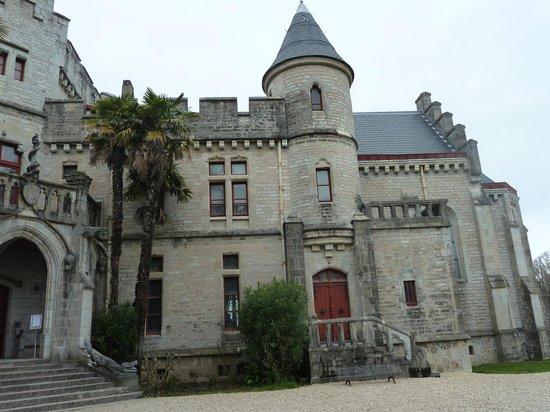Château d'Abbadie : chateau abbadia entrée