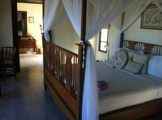 Anantara Lawana Koh Samui Resort: main bedroom in pool villa suite