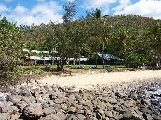 Turtle Cove Beach Resort: View from our beach