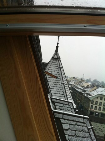 Hotel Kreuz Bern: View of the historical roof architecture of Bern