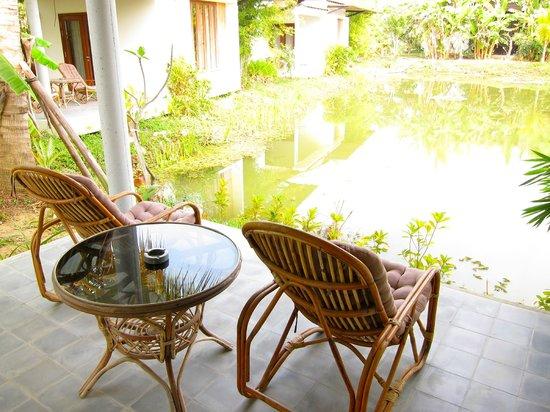 Battambang Resort: Our terrace