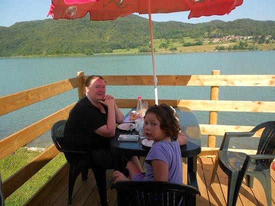Camping Lac du Lit du Roi : Het 'balkonnetje' van onze tipi-tent
