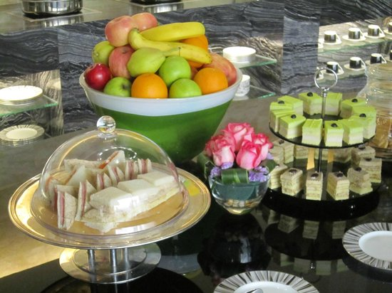 Grand Park Orchard: Afternoon tea in Crystal Club