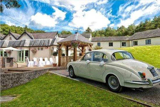 Gwesty Carreg Bran Hotel : Outside