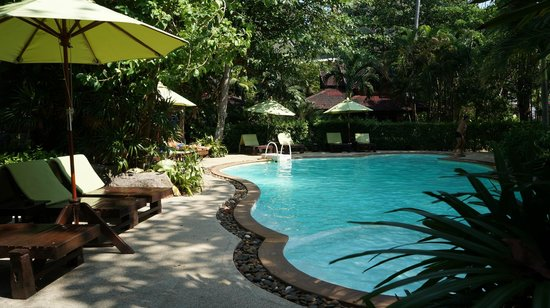 Sunrise Tropical Resort: swimming pool
