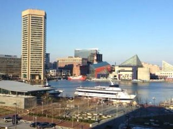 Royal Sonesta Harbor Court Baltimore: Our room view of Inner Harbor