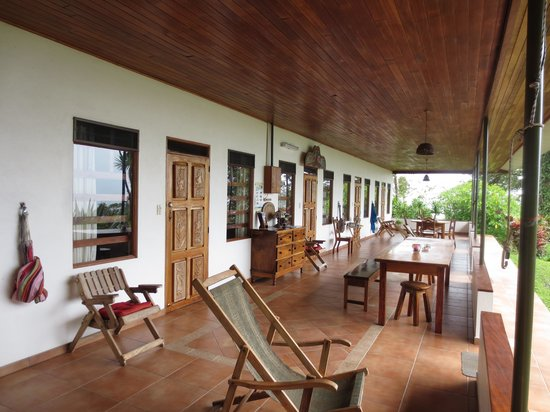 La Ceiba Tree Lodge: Terrasse
