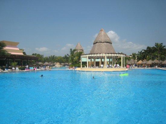 Iberostar Paraiso Maya: Lindo-Maya Pool