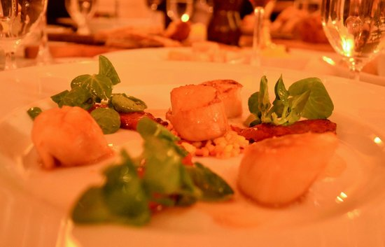 Shanahan's on The Green: Scallop Chorizo Starter