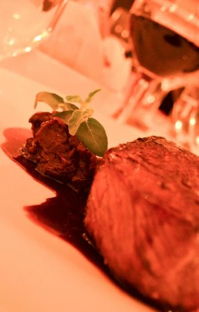 Shanahan's on The Green: 'Petite Filet' main