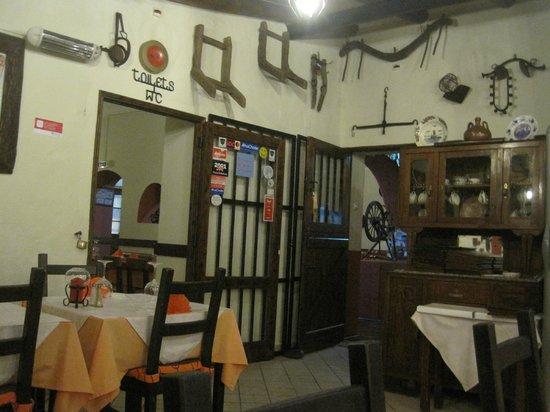 Restaurante Três Coroas: Interior of Three Crowns
