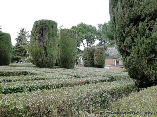 Jardines de sabatine madrid v picture of jardines de for Jardines sabatini