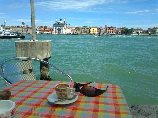 La Giudecca : кофе и море
