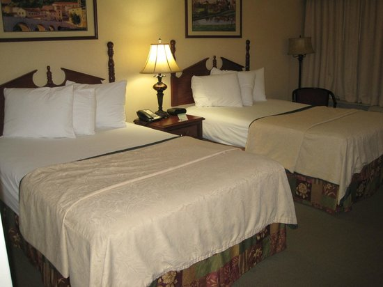 Quality Inn South Bend: Two double beds