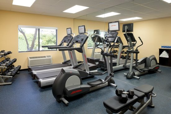 Country Inn & Suites by Radisson, Phoenix Airport, AZ: Fitness Room