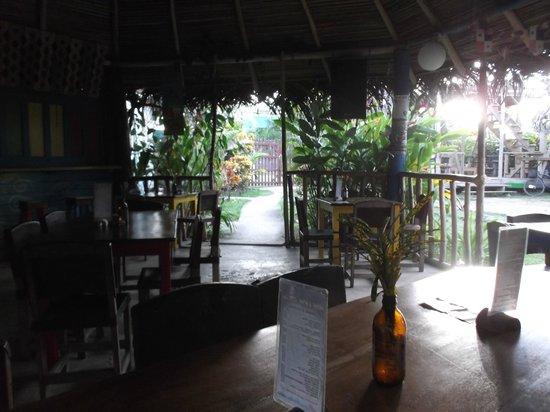 Hostal Mar e Iguana : Salle à manger au petit matin -  11 février 2013.