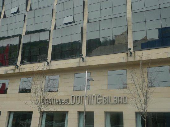 Gran Hotel Domine Bilbao: Façade de l'hôtel