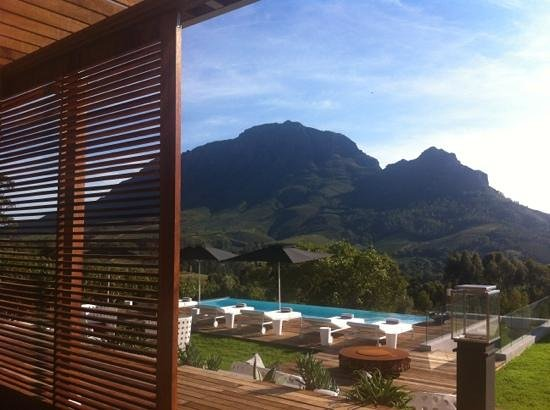 Clouds Wine & Guest Estate: Amazing morning view during breakfast