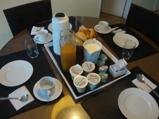 Art Suites: Café da Manhã