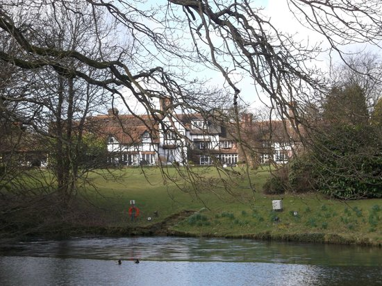 Ghyll Manor Hotel & Restaurant: View from the Lake