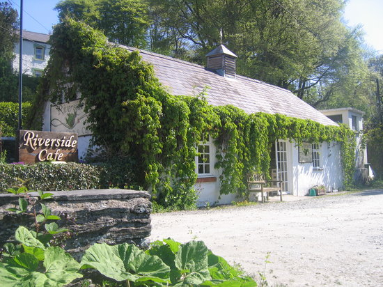 Riverside Cafe in Summer