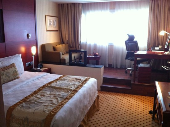 Hotel Borobudur Jakarta: Jolie chambre
