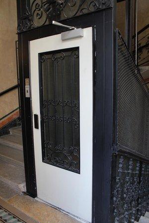 Pension Residenz: der Aufzug