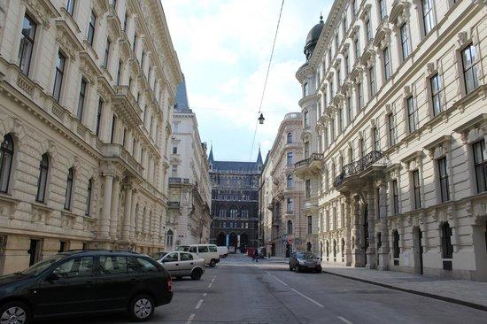 Pension Residenz: die Straße des Hotels