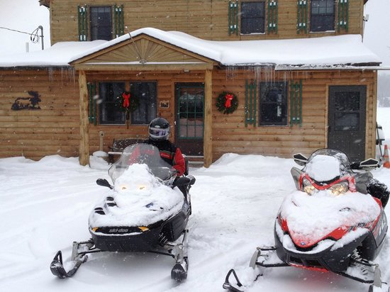 Cabins at Lopstick: powderhorn check-in