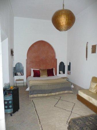 Riad Dar Binebine: belle chambre