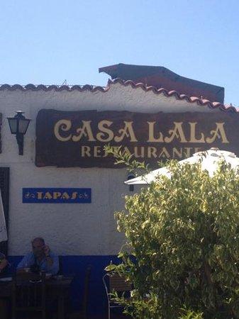 Restaurtante Casa Lala: högst uppe på gatan