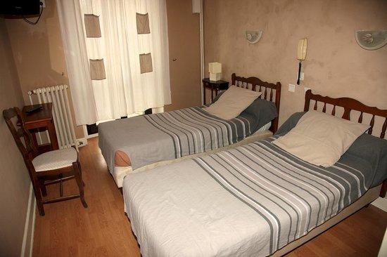 Hotel Moderne : Chambre Quadruple
