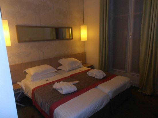 Le Marceau Bastille Hotel: Habitación école :)