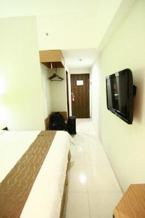 Atrium Premiere Hotel Yogyakarta: Bed Room