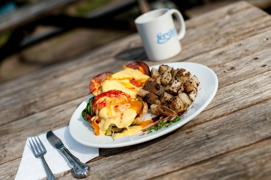 Fergie's Cafe: The one and only, Caesar Benny!