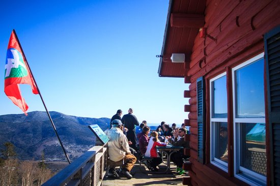 Waterville Valley Resort - Ski Area : Scenic vistas from the Schwendi Hutte