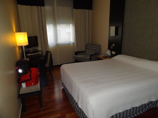 NH Barcelona Eixample : Bedroom