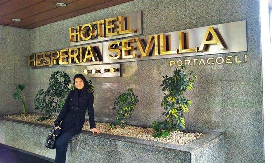 Hesperia Sevilla: Hall