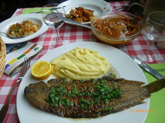 La Croix Du Sud restaurant : Sole + purée maison et mijoté de seiches + risotto