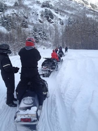 Anchorage Grand Hotel: snow mobile