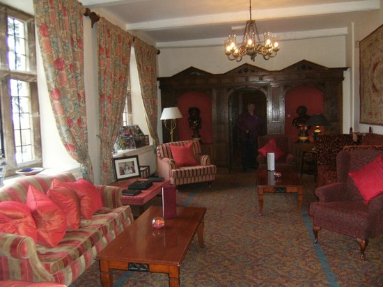 Billesley Manor Hotel: Reception lounge
