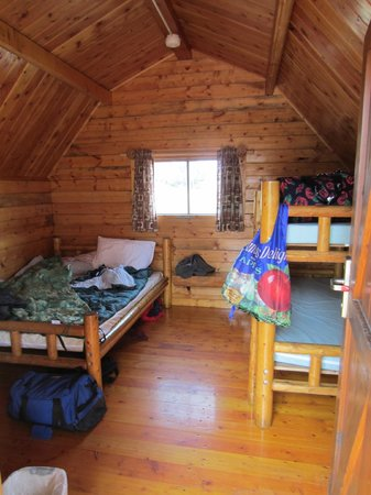 Waldport Newport KOA: Inside the cabin