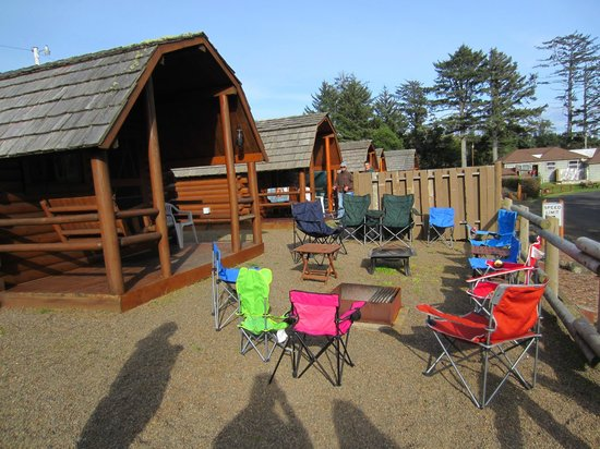 Waldport Newport KOA: We brought an extra fire pit with us because we knew we were a large group.