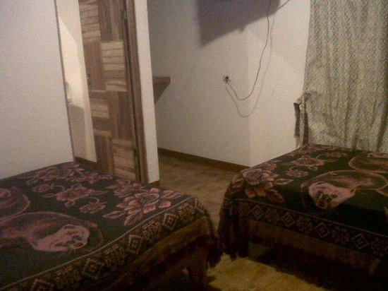 Hotel Roca Verde: Interior de la habitación N° 6 .