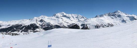 La Plagne Ski Resort: Panoramique piste 'Mont-Blanc'