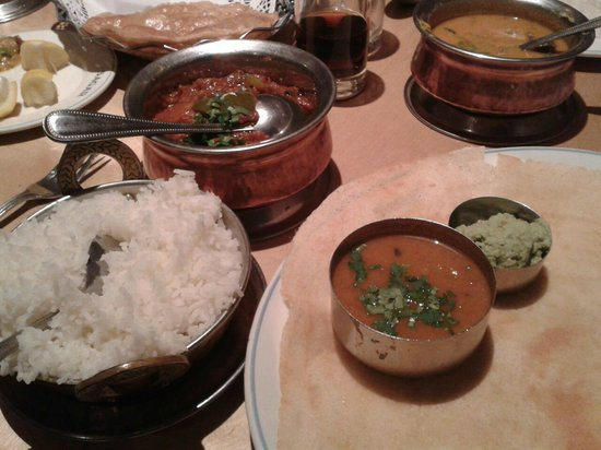 Sagar Restaurant: Boiled rice, aubergine curry, dosa with sambar and coconut  chutney