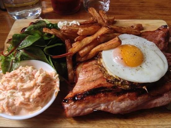 The Halfway Inn: Ham, Egg and Chips- the best I have ever had.