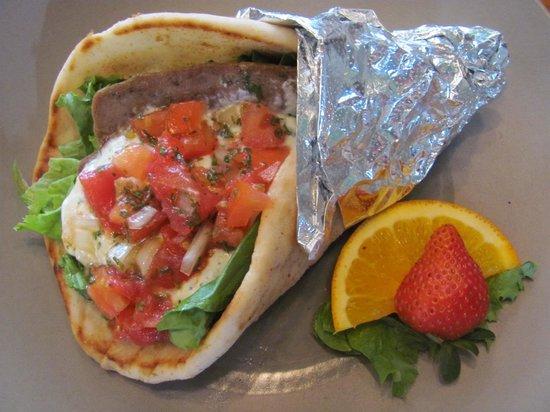 Southwind Pizza: Dino's Gyro is wonderful!