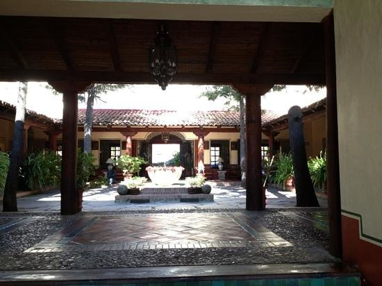 Hotel Tapalpa Country Club: the lobby